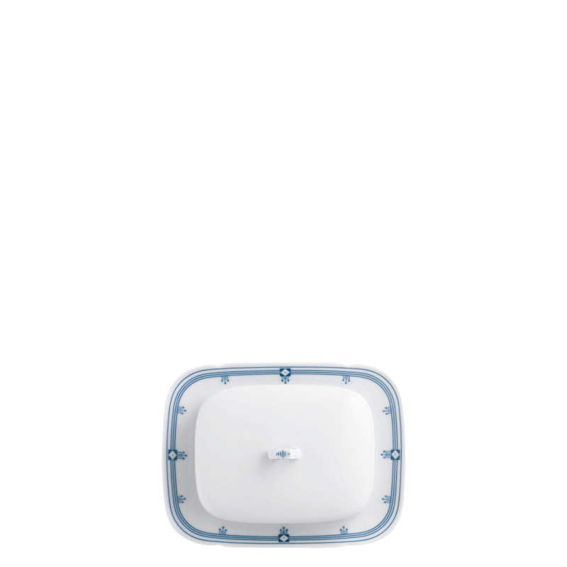 Covered butter plate