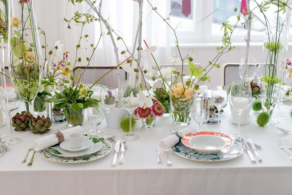 Gedeckter Tisch mit COLORÉE