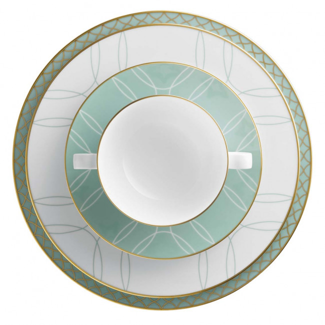 Aufsicht auf Platzteller, Speiseteller und Suppenschale der Fürstenberg Serie Carlo mit dem Dekor Este