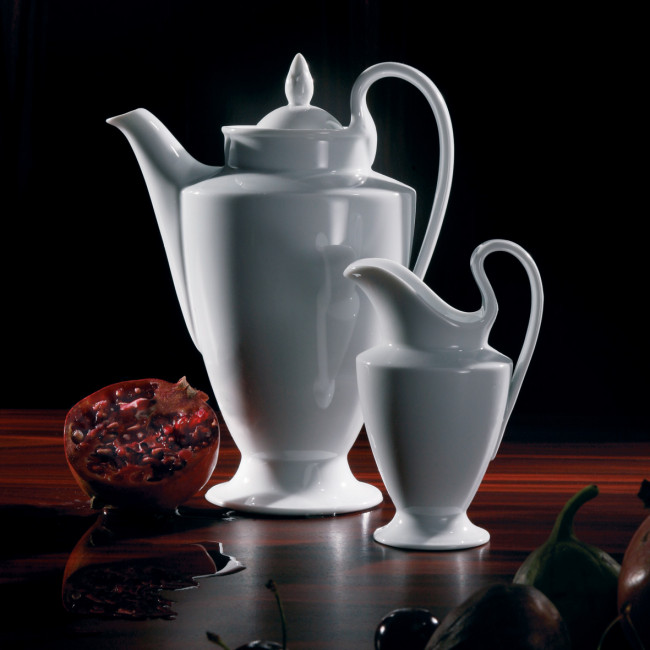 Kaffeekanne und Milchkännchen der Fürstenberg Form Empire in weiß