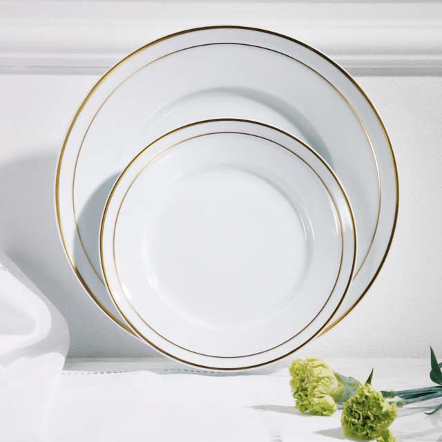 Breakfastplate and Dinnerplate of HERZOG FERDINAND pattern WILHELMINA