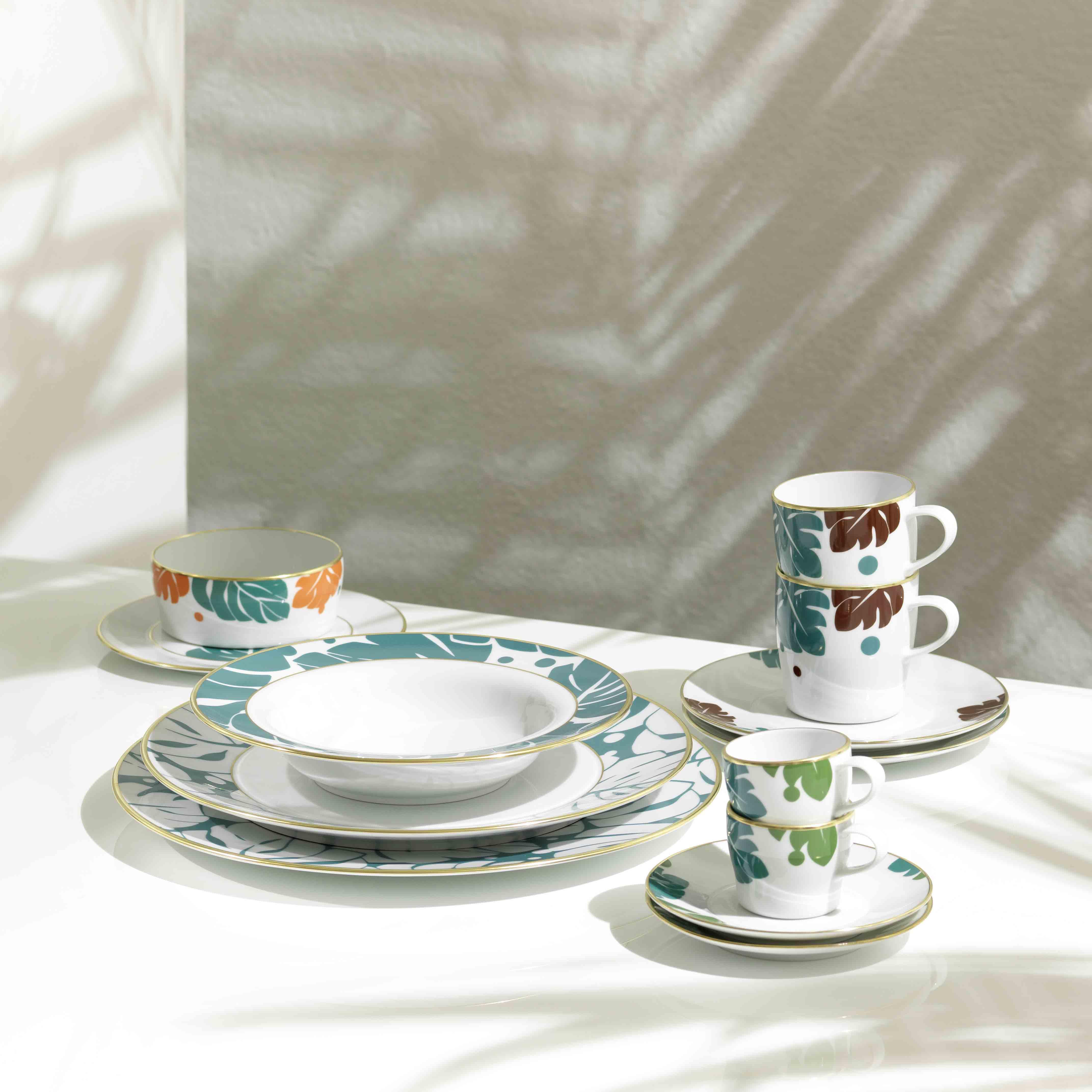 sommerurlaub f r die tafel porzellanmanufaktur f rstenberg. Black Bedroom Furniture Sets. Home Design Ideas