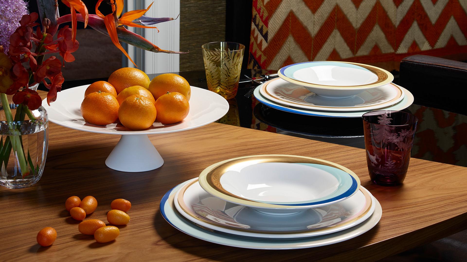http://www.fuerstenberg-porzellan.com/out/pictures/master/themeworld/1/Shop-the-look-Fluen1.jpg