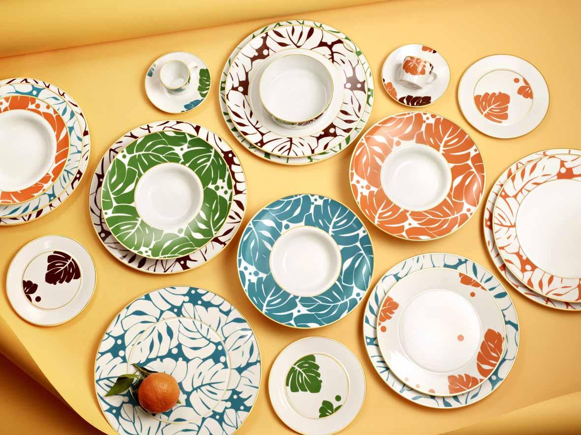 Verschiedene Teller von Auréole Colorée