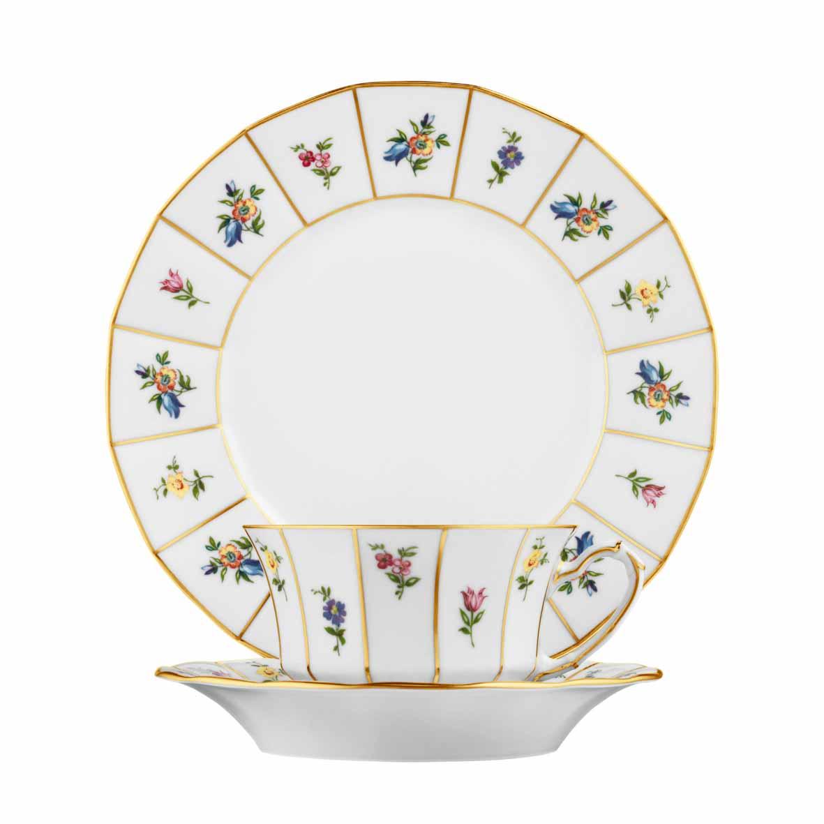 Breakfast plate, cup and saucer form Grecque pattern Mille Fleurs by FÜRSTENBERG