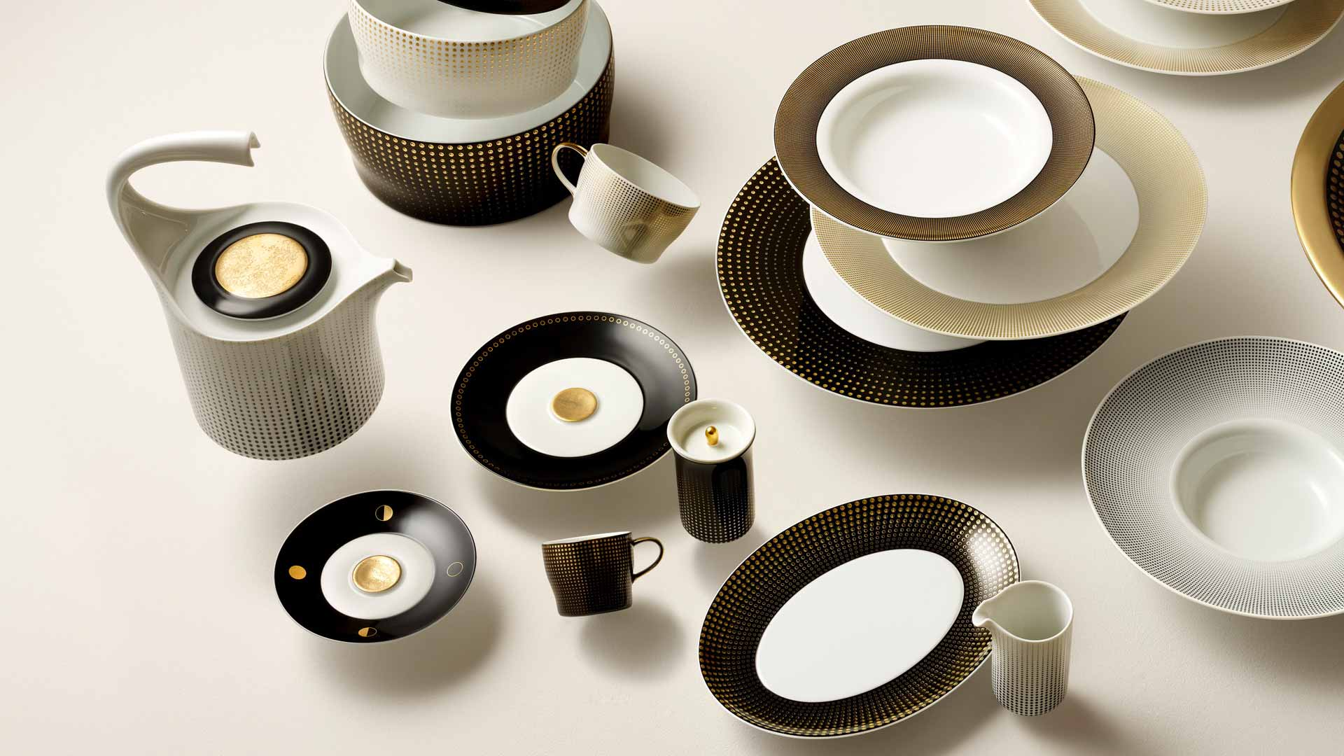 Design Favourites In Black Furstenberg Porcelain Manufactory