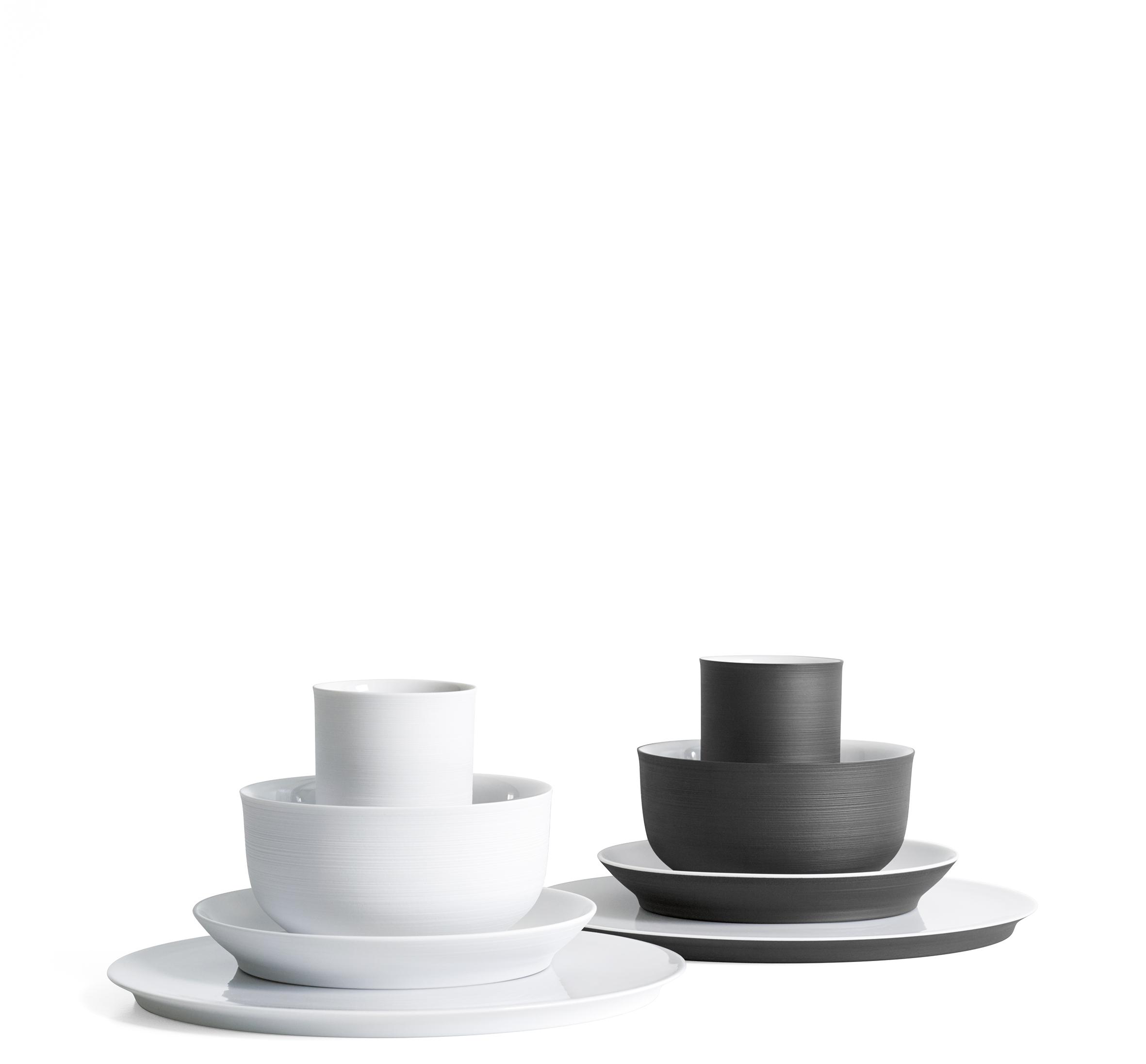 A essence of modern tableware