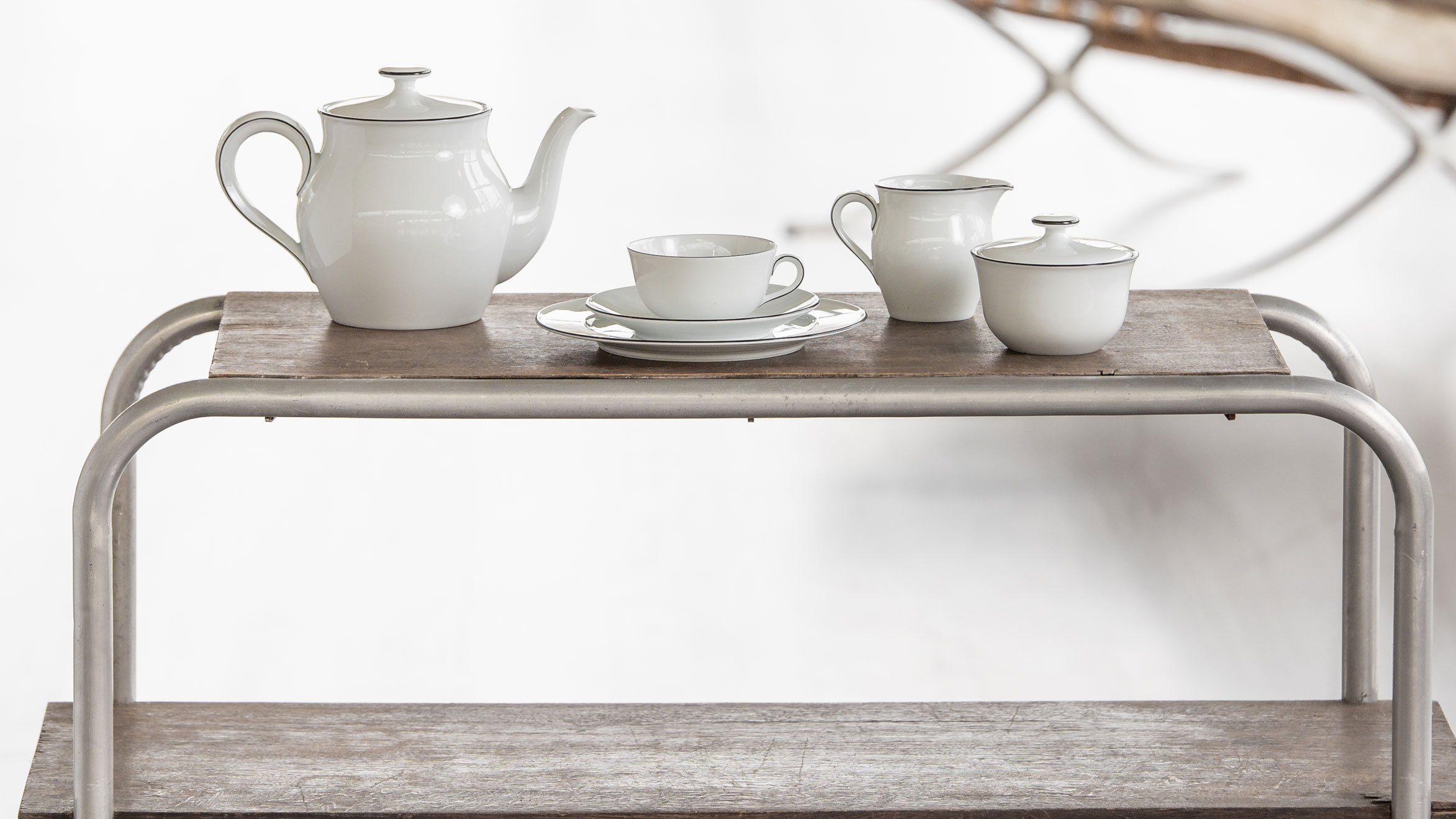 Tea arrangement